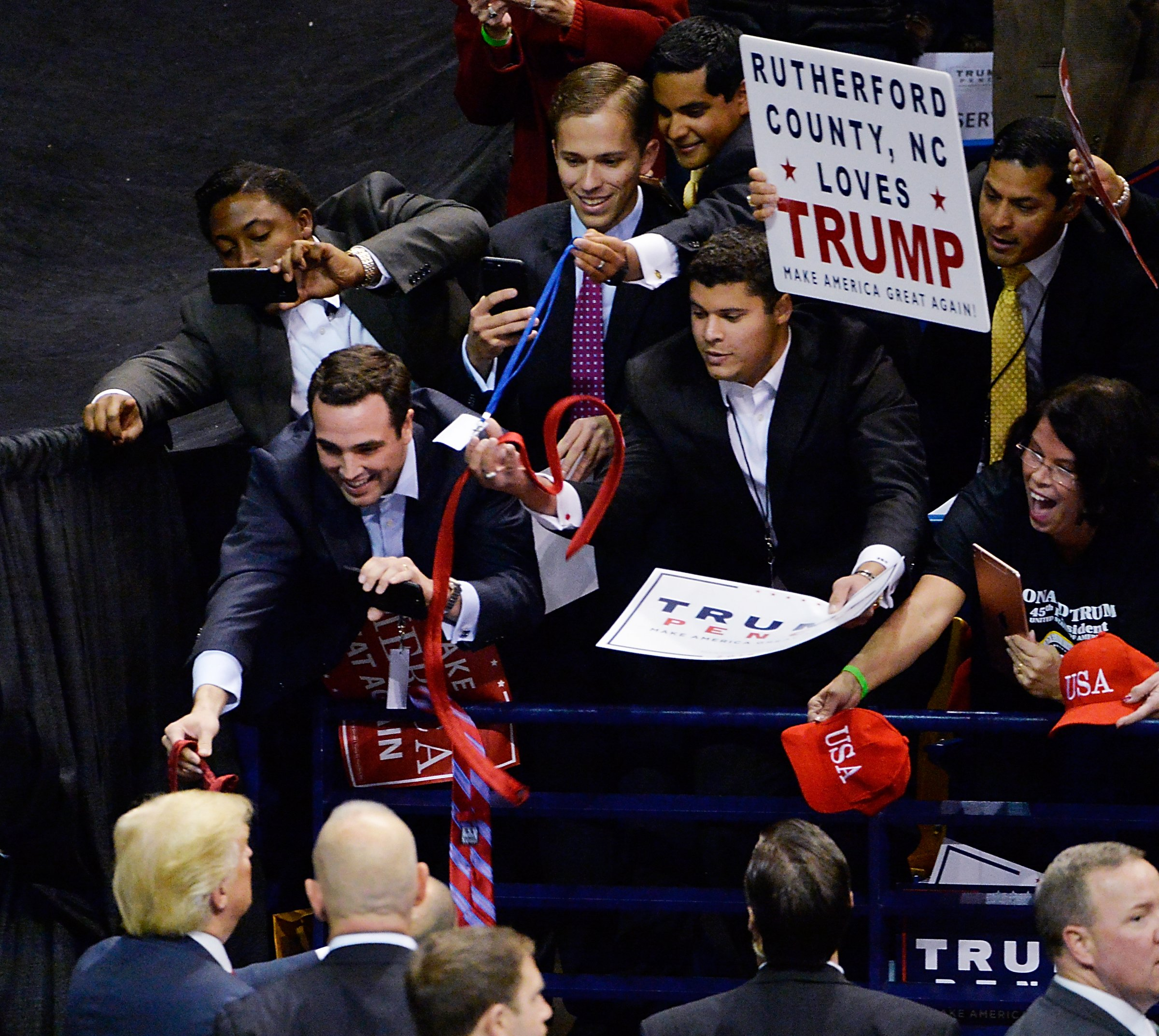 fayetteville nc trump rally