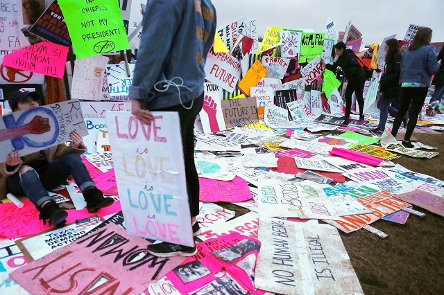 Protester's signs are left near the White House during the Womens March on Washington on January 21, 2017 in Washington, DC. (Photo: Mario Tama / Getty Images)