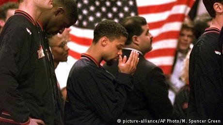 USA Protest von Mahmoud Abdul-Rauf (picture-alliance/AP Photo/M. Spencer Green)