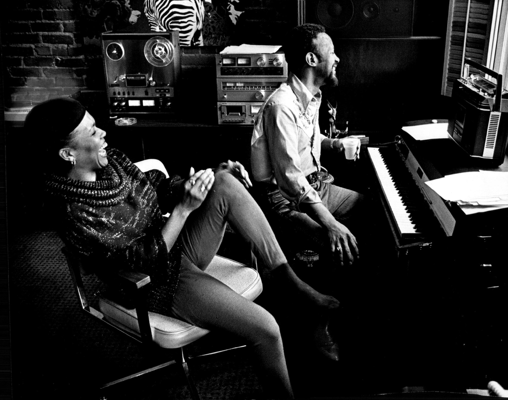 Thom Bell, right, works with jazz singer Dee Dee Bridgewater, left, at Smith-Kaye Studios in Seattle. Bell co-wrote several of the songs on the album he produced for Bridgewater, including both of the singles that were released. (Rick Perry/The Seattle Times, 1980)