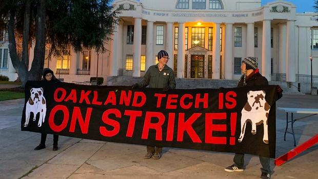 Oakland Teachers Walk Off the Job