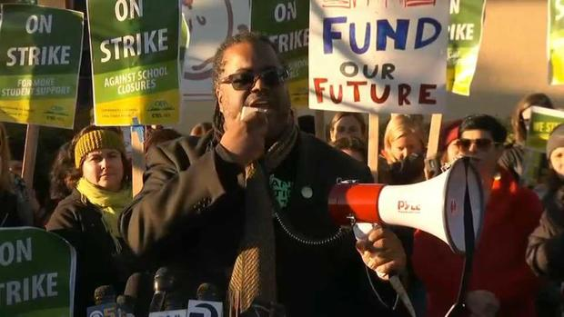 RAW: Oakland Teachers Take to Picket Lines During Strike