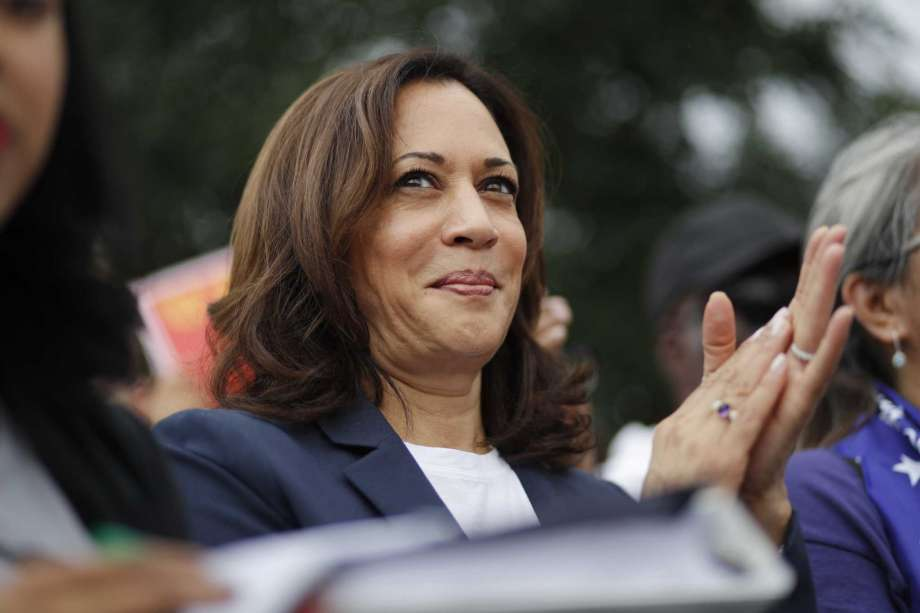 Democratic presidential candidate Sen. Kamala Harris, D-Calif., rallies with people protesting for higher minimum wage outside of McDonald's, Friday, June 14, 2019, in Las Vegas. Photo: John Locher, AP / Copyright 2019 The Associated Press. All rights reserved.