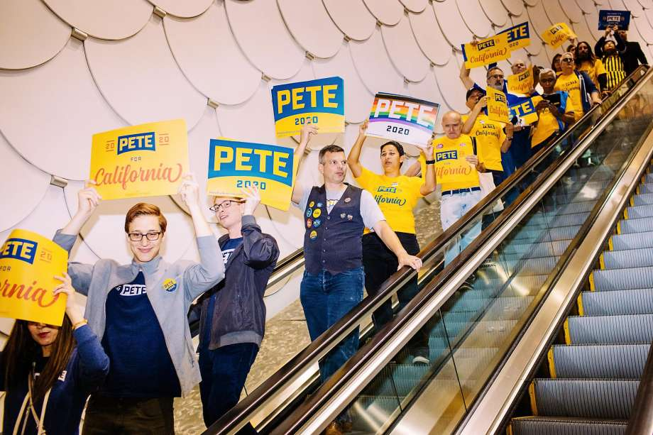 LONG BEACH, CA - NOVEMBER 16: Pete Buttigieg supporters head down an escalator during the California Democratic Party's 2019 Fall Endorsing Convention at the Long Beach Convention Center in Long Beach, California November 16, 2019. Photo: Kendrick Brinson, Special To The Chronicle