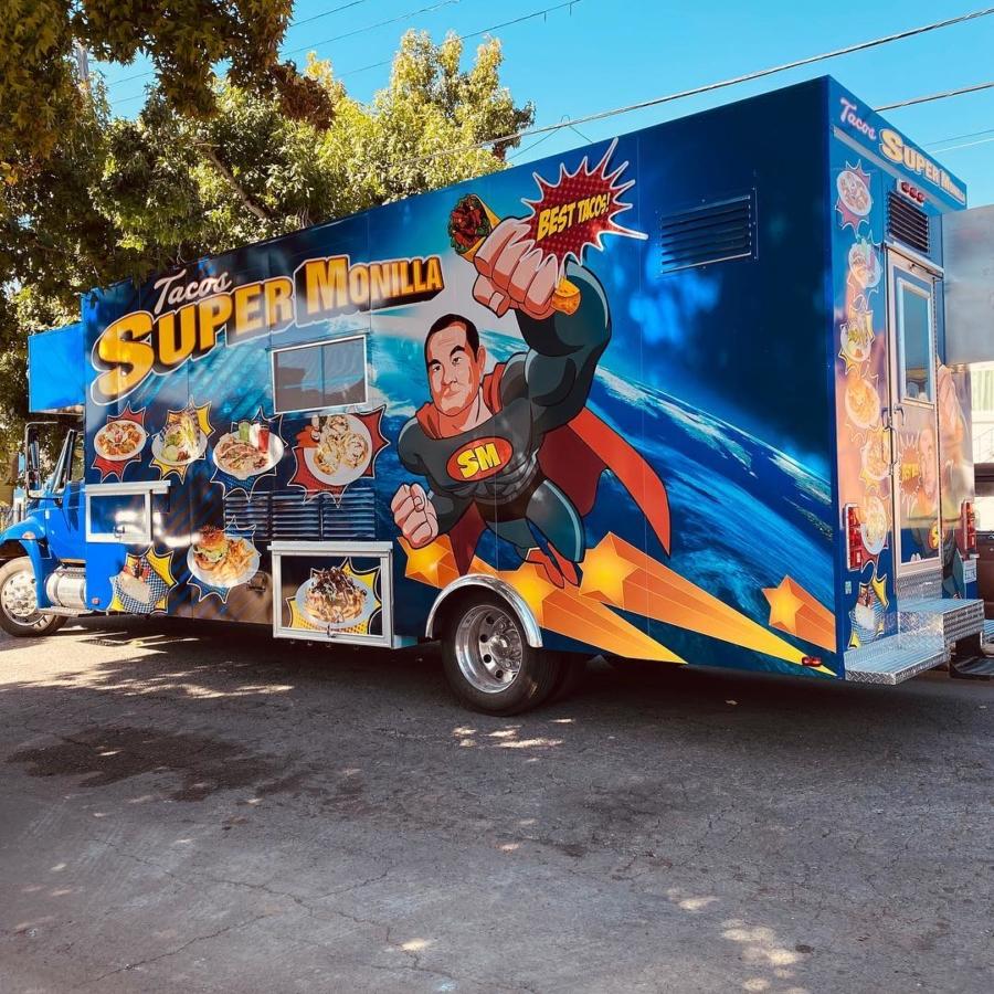 Tacos Super Monilla, a taco truck in Alameda.